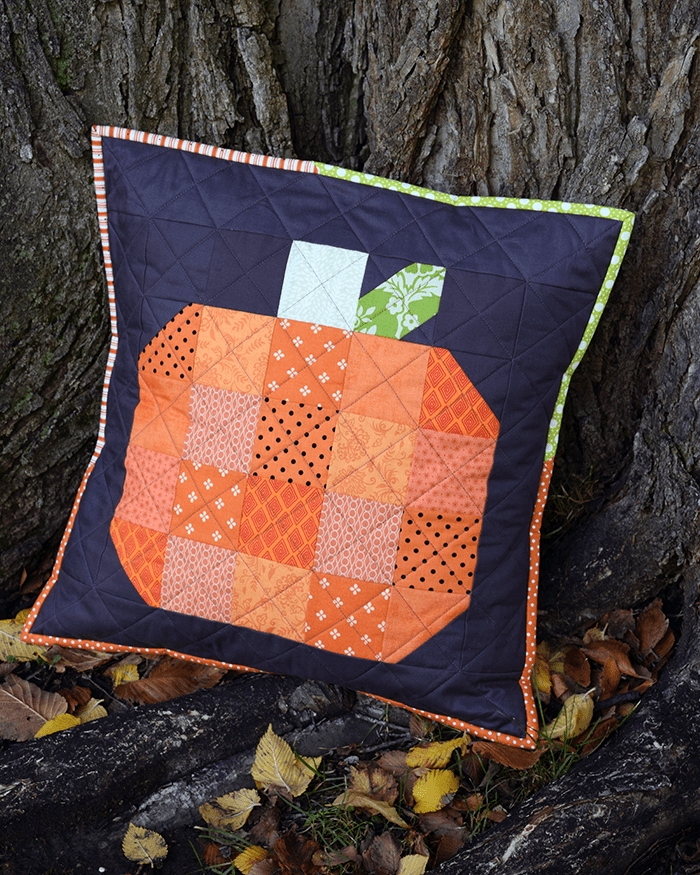 Make This: Fall Pumpkin Quilted Pillow Tutorial